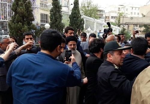 ابراهيم رئيسي يعلن ترشحه للانتخابات الرئاسية في ايران