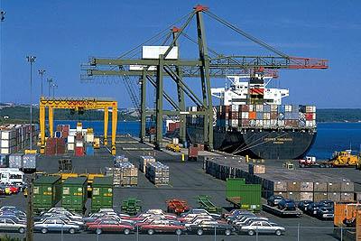 ايران .. الصادرات غير النفطية بلغت 44 مليار دولار العام الماضي