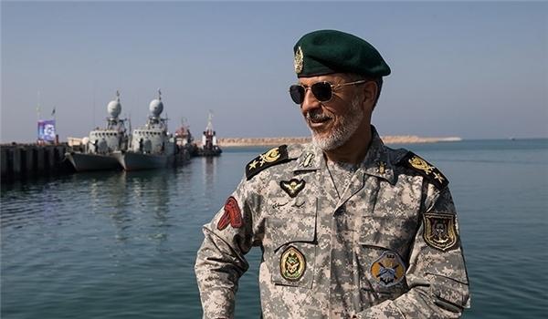 البحرية الايرانية.. قواعدنا ترصد جميع السفن الاجنبية