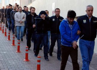 ترکیه 1000 نفوذیِ به پلیس را دستگیر کرد