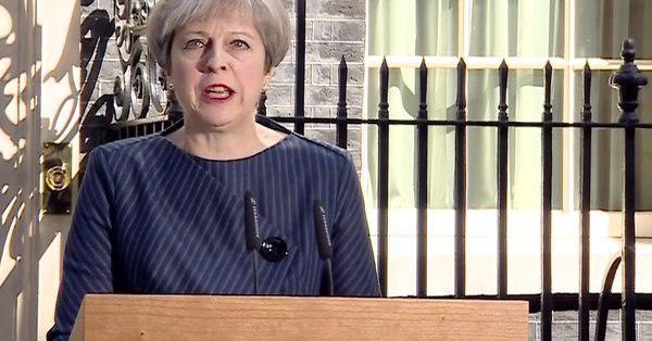 نخستوزیر انگلیس خواستار برگزاری انتخابات زودرس شد