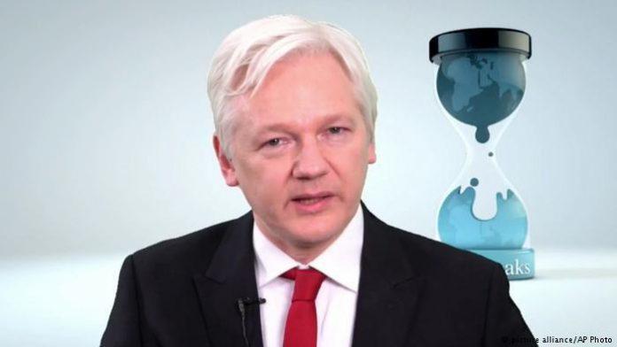 آسانژ: فقط جنگ هستهای میتواند ویکیلیکس را متوقف کند