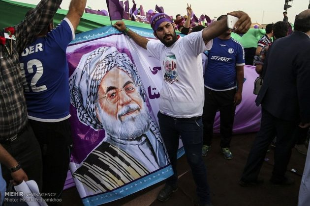 حسن روحاني في ضيافة أهالي مدينة أهواز 13