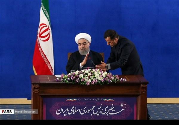 اول اطلالة صحفية للرئيس روحاني بعد فوزه بولاية ثانية15