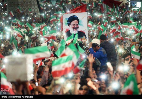 المرشح رئيسي بين أنصاره في طهران 18