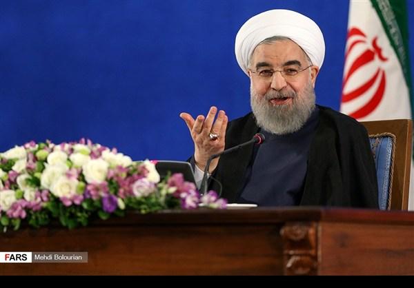 اول اطلالة صحفية للرئيس روحاني بعد فوزه بولاية ثانية20