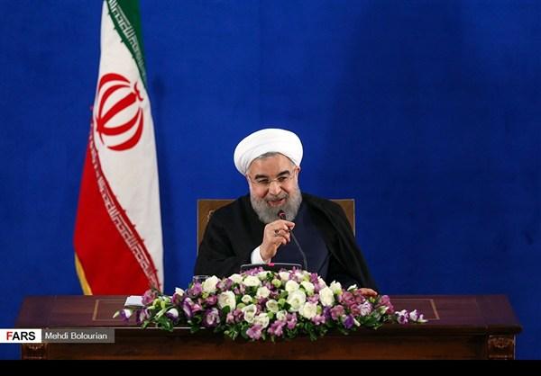 اول اطلالة صحفية للرئيس روحاني بعد فوزه بولاية ثانية23