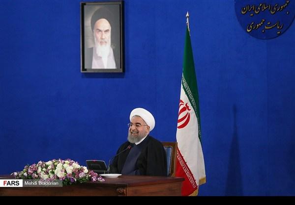 اول اطلالة صحفية للرئيس روحاني بعد فوزه بولاية ثانية25