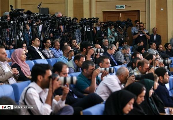 اول اطلالة صحفية للرئيس روحاني بعد فوزه بولاية ثانية27