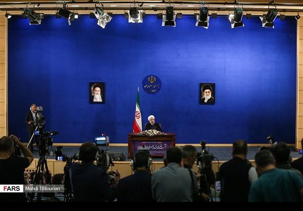 اول اطلالة صحفية للرئيس روحاني بعد فوزه بولاية ثانية31
