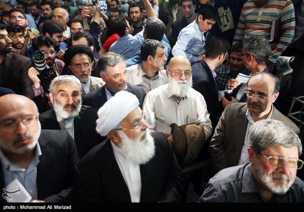 المرشح رئيسي بين أنصاره في طهران 8