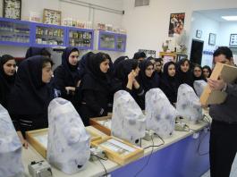 فتيات نوويات في ايران ؟!