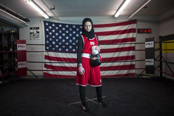 جنگ دختر آمریکایی با مقامات برای حفظ حجاب!