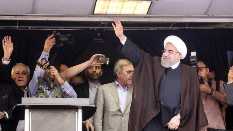 حسن روحاني في ضيافة أهالي مدينة أهواز 22