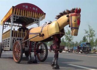 کشاورز چینی برای رفت و آمد خود اسب آهنی ساخت!