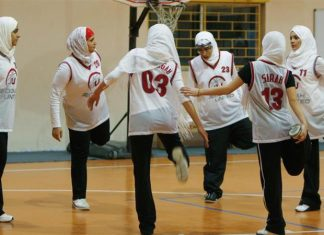 حجاب در بسکتبال آزاد شد
