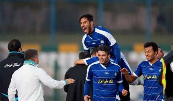 استقلال خوزستان يتأهل الى الدور الثاني بعد تعادله مع الجزيرة الاماراتي