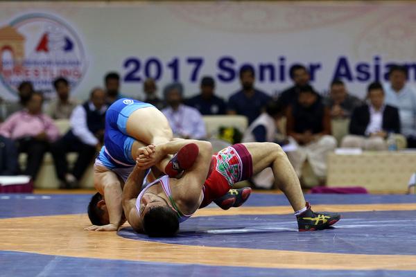 ايران تتوج ببطولة اسيا للمصارعة الحرة