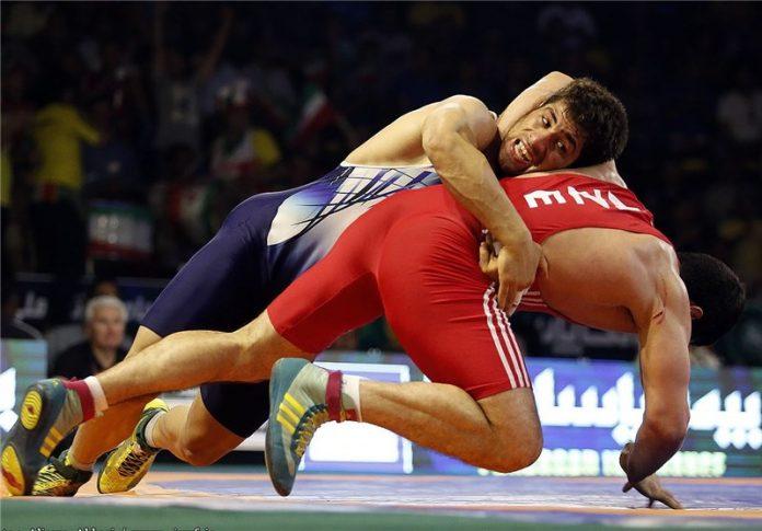 ايران تبلغ نصف نهائي البطولة الاسيوية للمصارعة الرومانية
