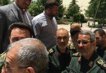 قادة من الحرس والتعبئة يصلون البرلمان