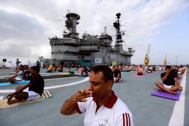 برگزاری مراسم روز جهانی یوگا در بیش از ۱۰۰ کشور جهان14