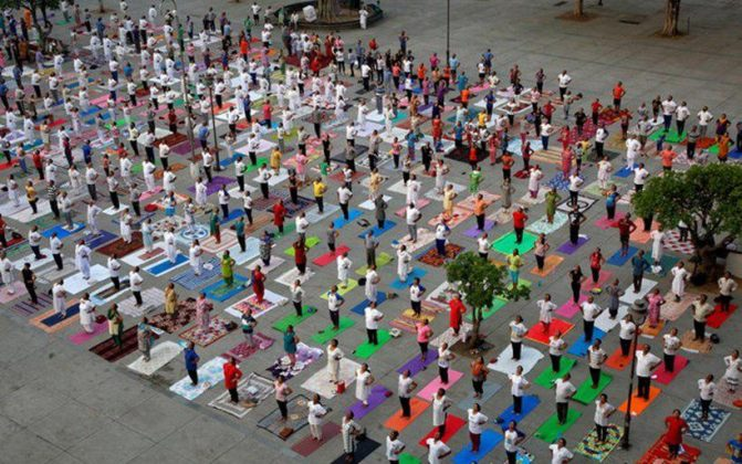 برگزاری مراسم روز جهانی یوگا در بیش از ۱۰۰ کشور جهان2