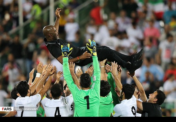 منتخب ايران يكرم ضيفه بهدفين نظيفين ويتأهل لمونديال 2018 20