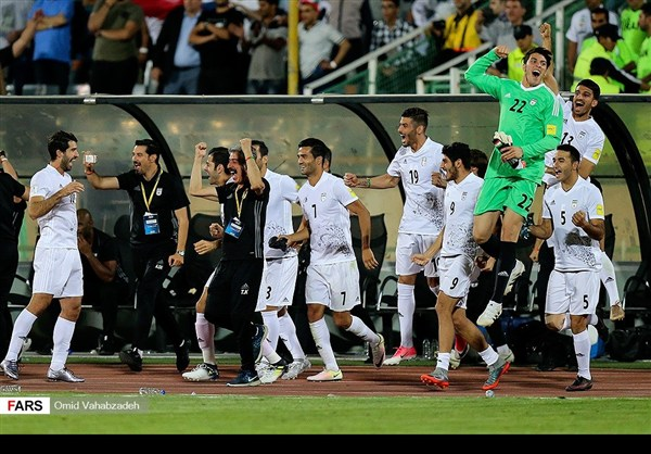 منتخب ايران يكرم ضيفه بهدفين نظيفين ويتأهل لمونديال 2018 21