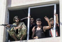 والاستریت ژورنال:اسرائیل مخفیانه حقوق شبهنظامیان سوری را پرداخت میکند