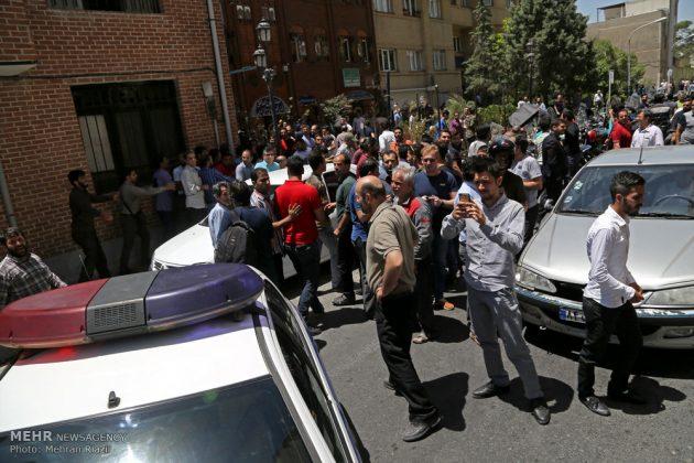مشاهد من الهجوم المسلح على البرلمان الايراني 3
