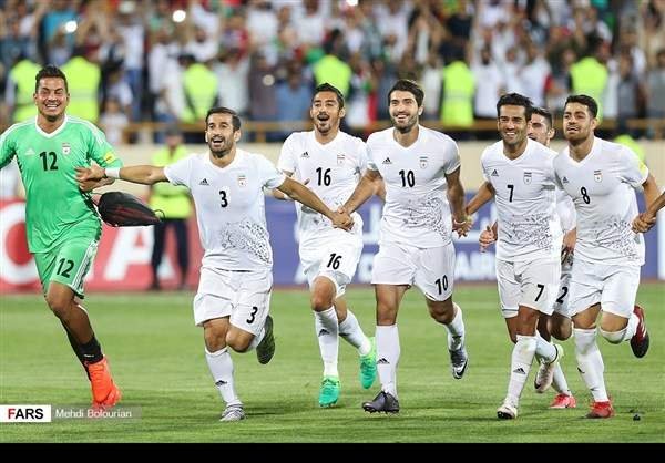 منتخب ايران يكرم ضيفه بهدفين نظيفين ويتأهل لمونديال 2018 5