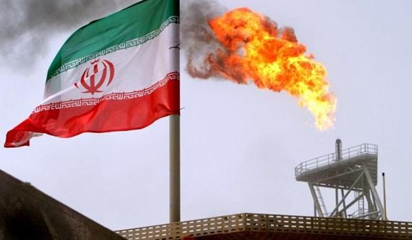 ايران تبرم مع توتال عقدا لتطوير حقل