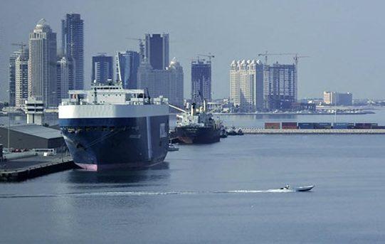 ايران تبدي استعدادها لتأمين احتياجات قطر من المواد الغذائية