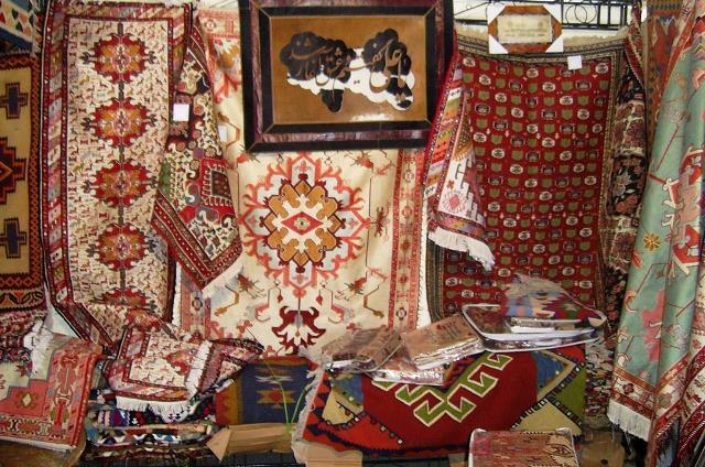 تصدير الحرف اليدوية الايرانية يبلغ 250 مليون دولار العام الماضي