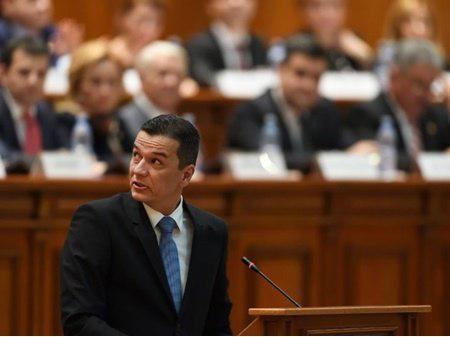 شورش حزب حاکم رومانی علیه نخست وزیر