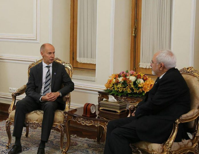وزير خارجية ايران يلتقي بسفيري الاورغواي وفنلندا