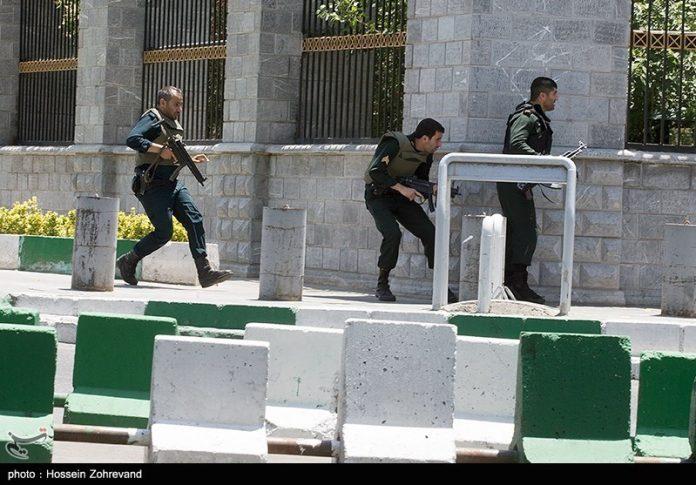انتهاء العملية التي طالت البرلمان الإيراني بمقتل المسلحين