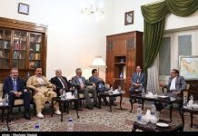 شمخاني..الحديث عن الاستفتاء في كردستان يؤدي الى عزلة الكرد