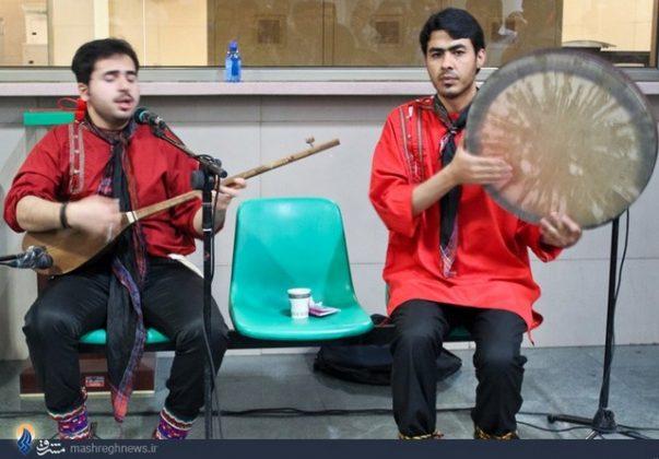 عزف الموسيقى في محطات مترو الانفاق بطهران1