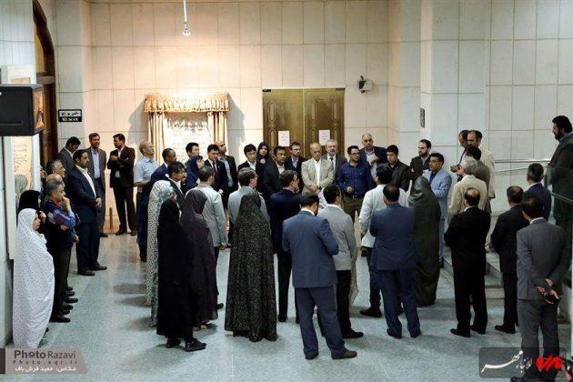 العتبة الرضوية تستضيف السفراء الاجانب لدى طهران 10