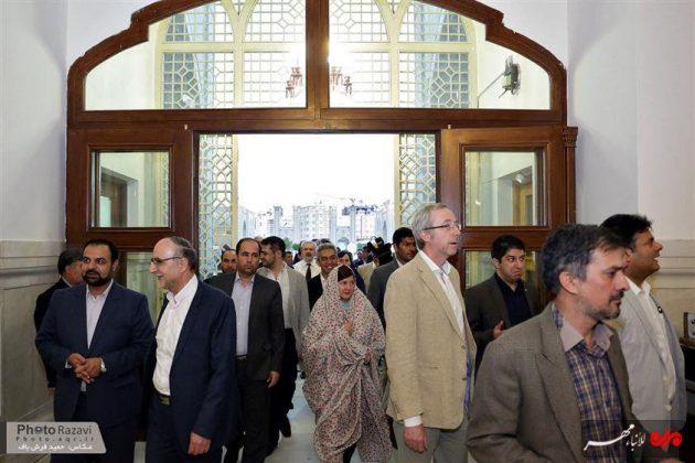 العتبة الرضوية تستضيف السفراء الاجانب لدى طهران 16