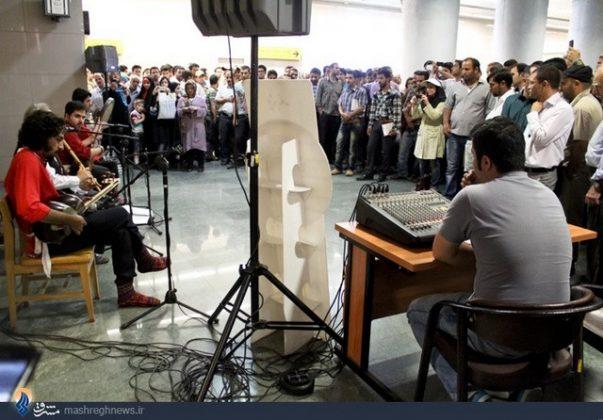 عزف الموسيقى في محطات مترو الانفاق بطهران5