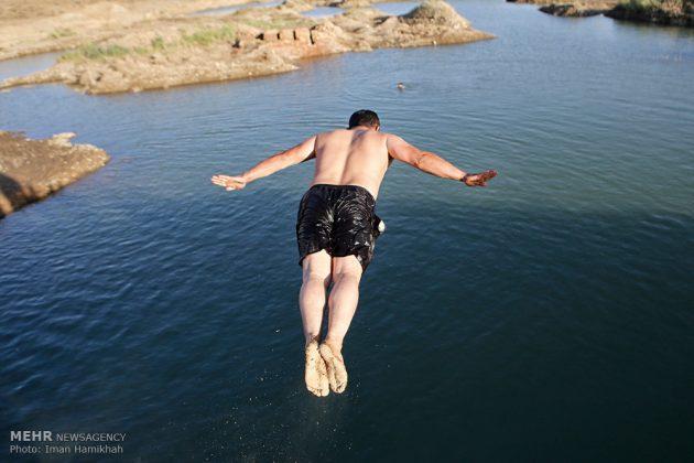 برك الماء ملاذ شباب همدان الايرانية في الصيف5