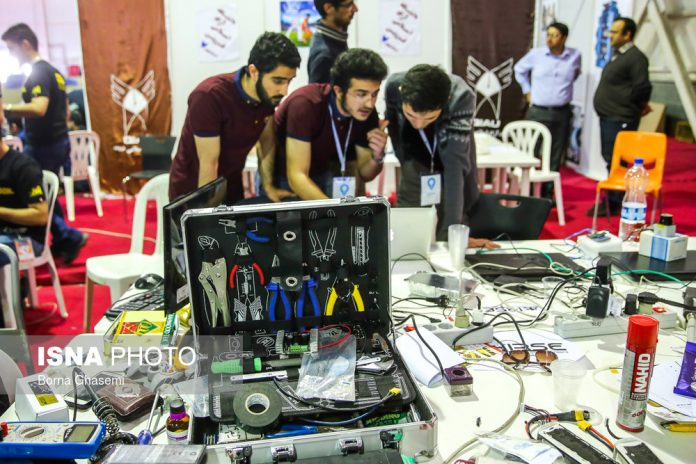 إيران تحرز المرکز الثالث في کأس العالم للروبوتات 2017
