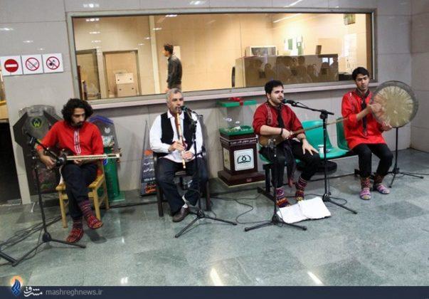 عزف الموسيقى في محطات مترو الانفاق بطهران6