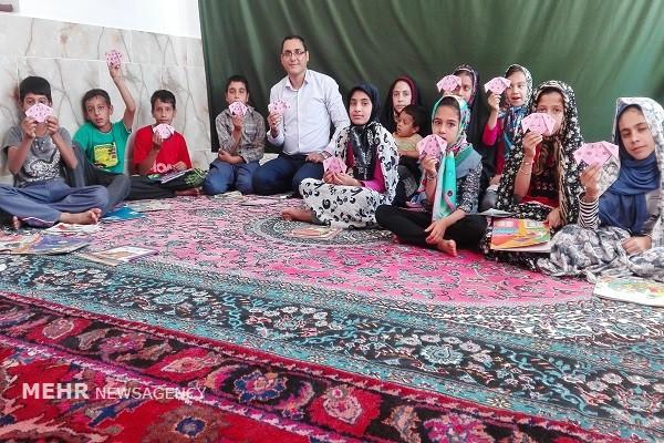 سفر کتابخانه سیار به 19 روستای ایران6
