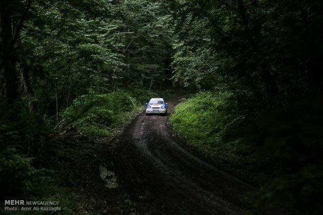 سباقات بطولة إيران للرالي فی غابات شمال ایران 8