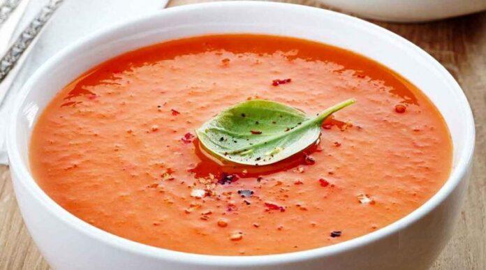 Tomato Soup of Hamadan; Delicious Iranian Dish