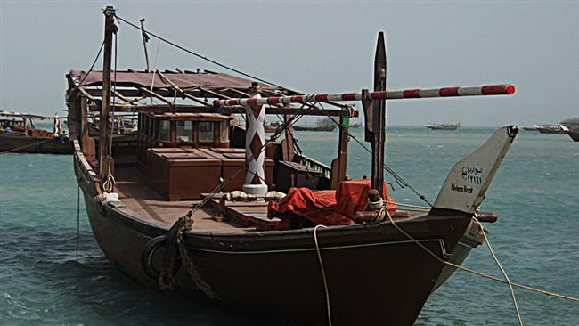 الحرس يوقف زورقاً سعودياً في المياه الايرانيةالحرس يوقف زورقاً سعودياً في المياه الايرانية