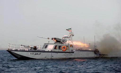 الحرس الثوری ..أحبطنا خطوة إستفزازیة لسفینة أمریکیة في الخلیج الفارسي